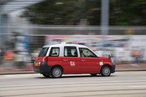 Hongkong wciąż powoli znosi ograniczenia w podróżowaniu do Makau